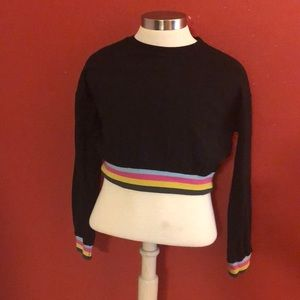 Long Sleeve Cropped Knit Top